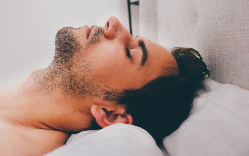 Najbolje se spava na leđima i na malom jastuku