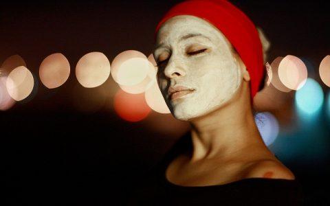 Domaća i prirodna maska - zimi njeguje i štiti lice