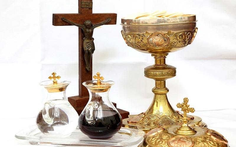 Kršćanska sveta Misa - sveta Pričest (Euharistija)