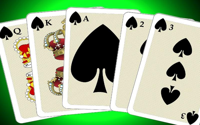 Najbolje kartaške igre - veća-manja