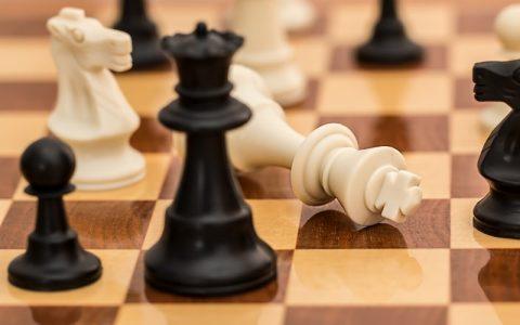 Šahovski program Fritz - play against a chess program Fritz