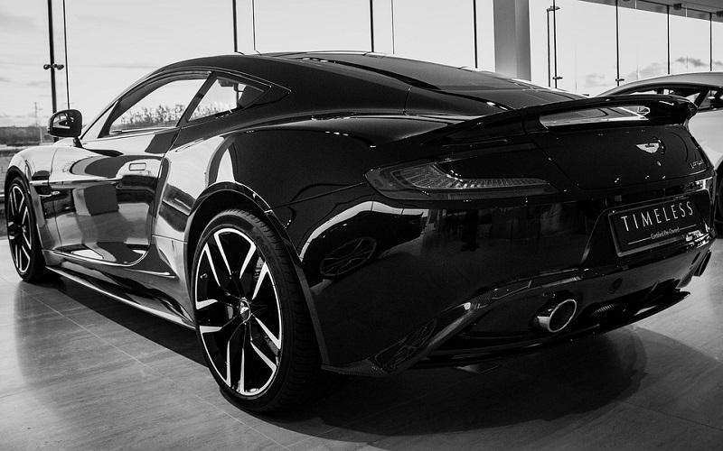 Trkaći auti - Aston Martin Vanquish