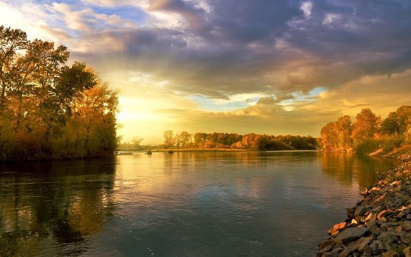 Fotografije za pozadine - zalazak sunca i rijeka