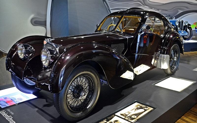 Trkaći auti - Bugatti T57 Sc