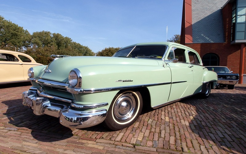 Oldtimer auti - Chrysler Windsor De Luxe