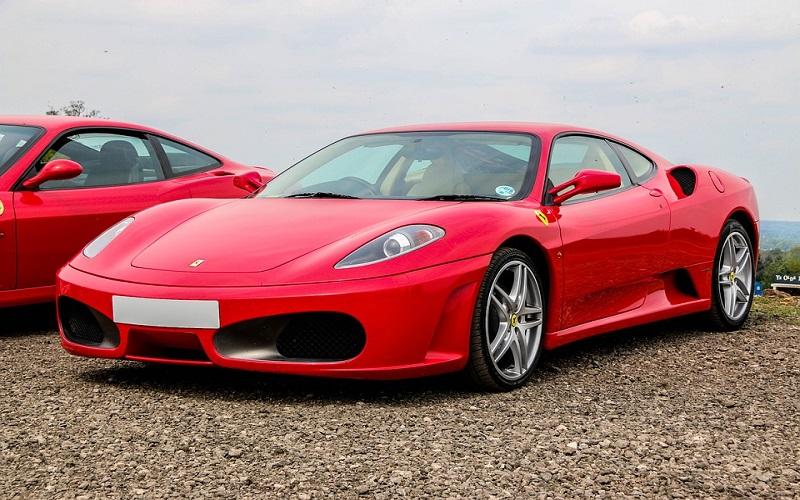 Sportski auti - Ferrari F430