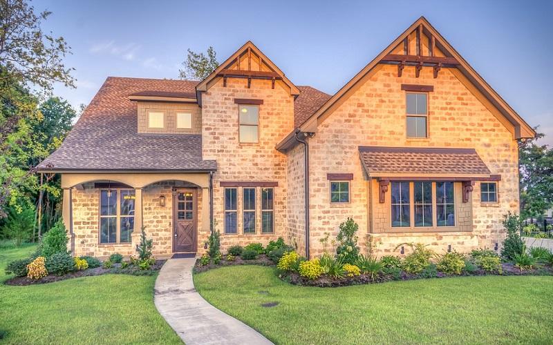 Predivne kuće u predgrađu