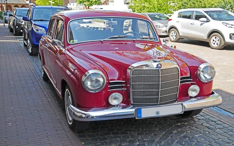 Oldtimer auti - Mercedes 180