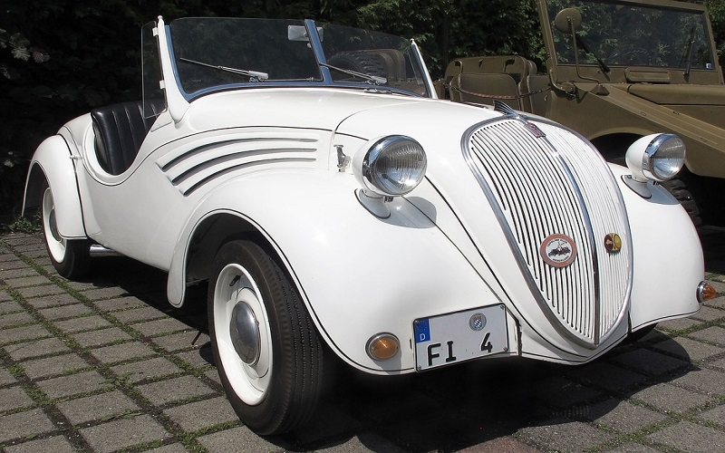 Oldtimer auti - Nsu Fiat
