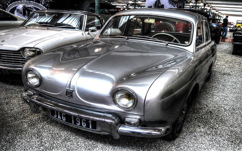 Stara vozila - Renault Dauphine