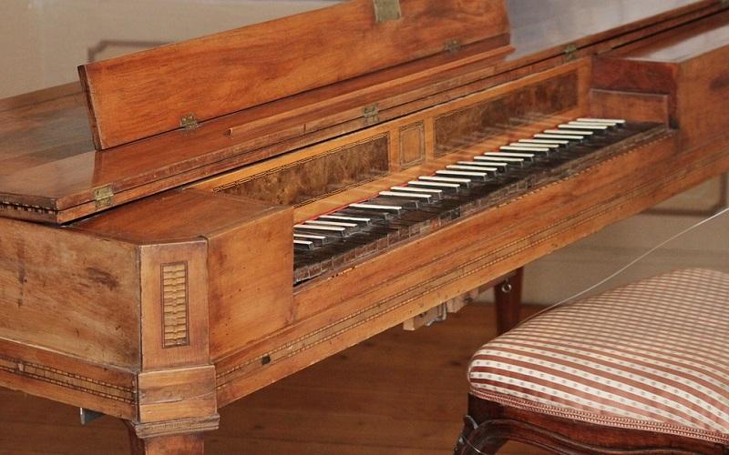 Instrumenti s tipkama - Spinet