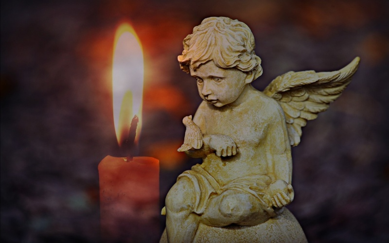 anđeli božićni ukrasi