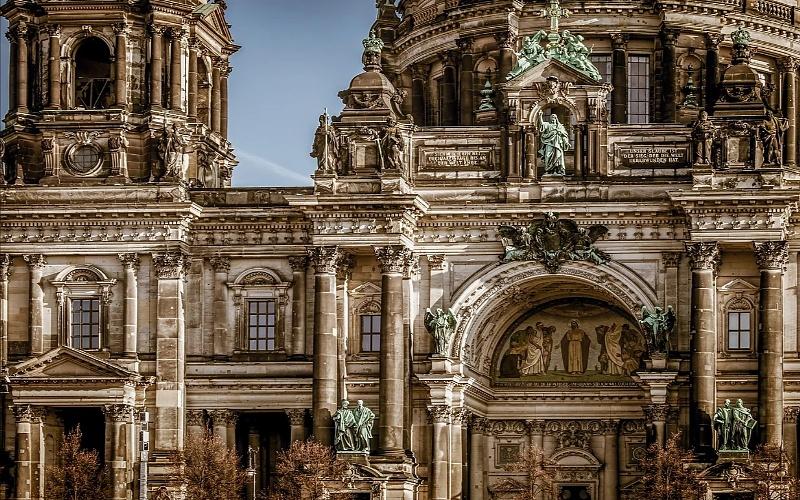 Glavni gradovi Europe i berlinska katedrala