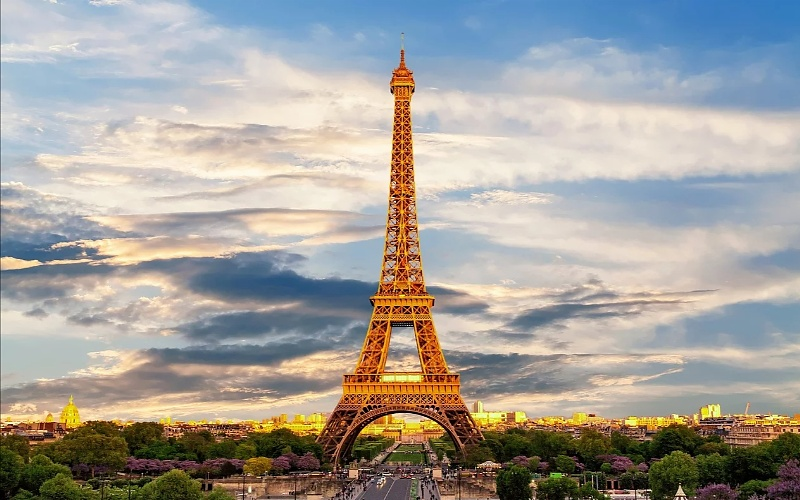 Eiffelov toranj u Parizu