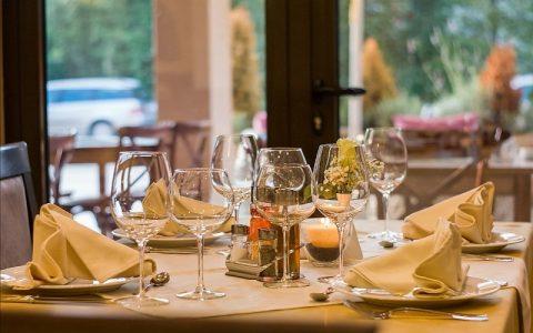Dekoracije za stol kada su u pitanju razne prigode