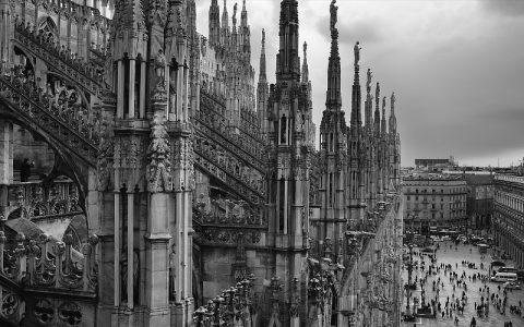 Milanska katedrala: Zanimljive povijesne građevine