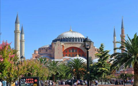 Aja Sofija: Zanimljive povijesne građevine
