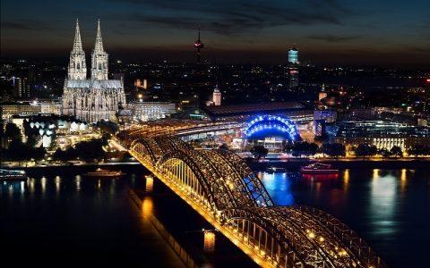 Kölnska katedrala: Zanimljive povijesne građevine