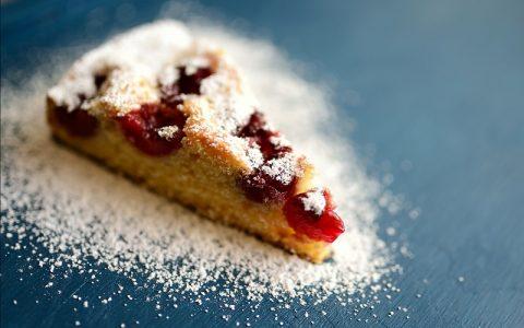 Kolač s višnjama: Recepti za slatka jela