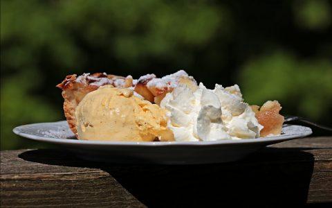 Fina torta od jabuka: Recepti za slatka jela