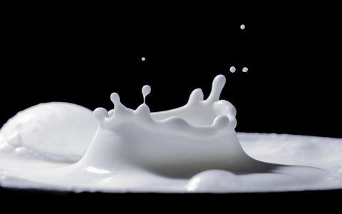 Petrica i vrč mlijeka: Bajke za djecu i priče za laku noć