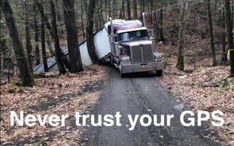 Smijesne slike vozača - GPS auto navigacija