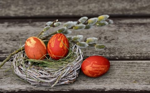 Uskršnje dekoracije za veliki kršćanski blagdan Uskrs