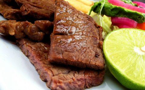 Odresci u preljevu od šampinjona - Najbolji recepti za slana jela