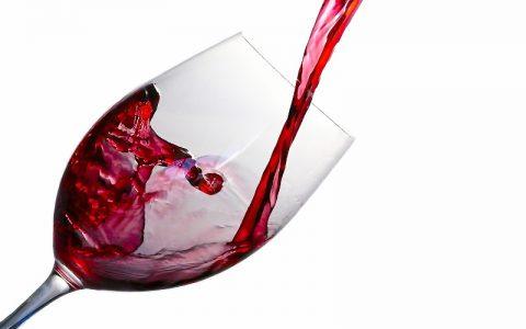 Citati o alkoholu koji će vas sigurno dobro opustiti