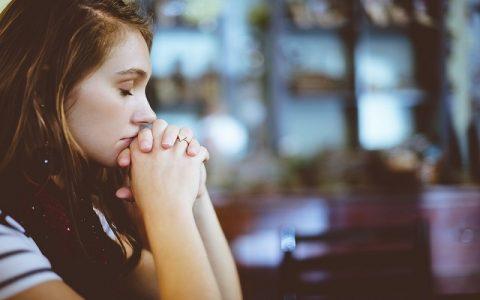 Moć molitve: Svjedočanstvo kako molitva pomaže
