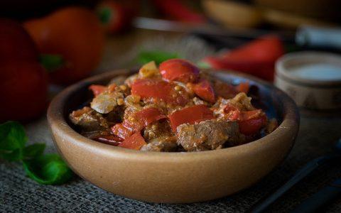 Pileća jetrica s povrćem: Najbolji recepti za slana jela
